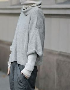 Chic Style - layered grey outfit with oversized sweater