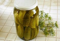 Ecetes uborka Csiki Piroskától Hungarian Recipes, Preserves, My Recipes, Pickles, Cucumber, Crockpot, Main Dishes, Healthy Living, Food And Drink
