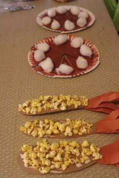 Paper Craft Thanksgiving Feast