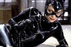 "For many Batman fans there is no question as to who portrayed the iconic Catwoman best. Oscar-nominated actress Michelle Pfeiffer says she ""loved"" playing Catwoman in Tim Burton 's 1992 Batman Returns. Now in a recent interview with the New York Times Pf Catwoman Cosplay, Catwoman Film, Cosplay Gatúbela, Cosplay Ideas, Cosplay Costumes, Latex Costumes, Costume Ideas, Michelle Pfeiffer, Superhero Villains"