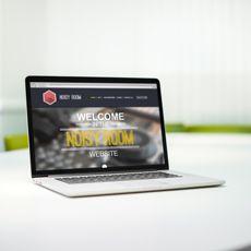 Ézéchiel Varrier - Graphiste & Web Designer