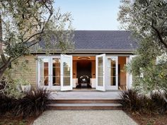 beautiful-garden-designs-with-an-olive-tree-8 - Gardenoholic