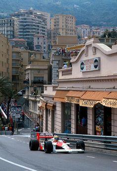 f1pictures:      Ayrton Senna  McLaren - Honda  Monaco 1988                                                                                                                                                                                 Mais
