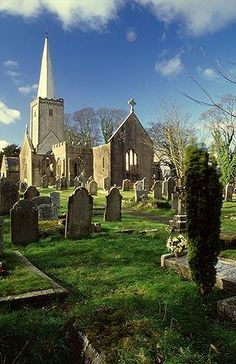 Real Places Behind Famously Frightening Stories - Holy Trinity Church, Buckfastleigh, England (The Hound of the Baskervilles, Sir Arthur Conan Doyle)