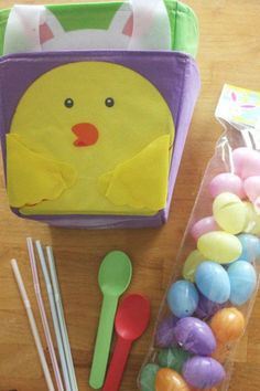 Minute-To-Win-It: Everyone loves playing minute to win it games—and now here's the Easter version!Click through to find more fun Easter games for your kids to play this spring.