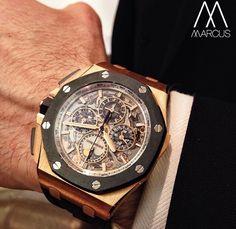audemars piguet at the sihh Audemars Piguet Gold, Audemars Piguet Diver, Audemars Piguet Watches, Cool Watches, Watches For Men, Royal Oak Offshore, Watch Necklace, Breitling, Luxury Watches