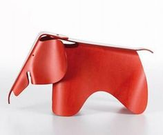 Elephant by Vitra, Eames inspiration (source: http://www.materialicious.com/2012/04/a-tribute-to-charles-ray-eames-of-plywood-elephant-fame.html)