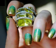 Waoouw the beautiful nail art