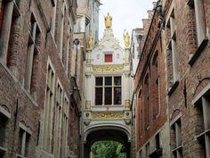 Viela do Burro Cego Bruges. Foto: NiKi Verdot | 1001 Dicas de Viagem