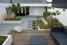 Moderne tijdloze tuin