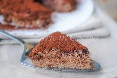 Torta+fondente+alla+ricotta+e+yogurt+senza+farina