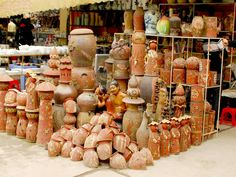 Bat Trang Pottery Village - the traditional village where you know more about the special products that express the Vietnamese spirit.