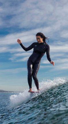 just gliding. Kelia Moniz  #ROXYwetsuits for any temperature