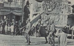 * GREECE - WWI - Thessaloniki - Italian flag passes under the arch of Alexander Macedonia Greece, Alexander The Great, Thessaloniki, Wwi, Athens, Fountain, Arch, Tower, Flag