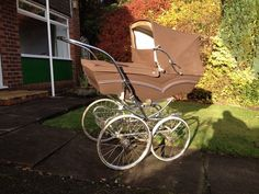Vintage Silver Cross Coach Built Pram. In brown and cream |