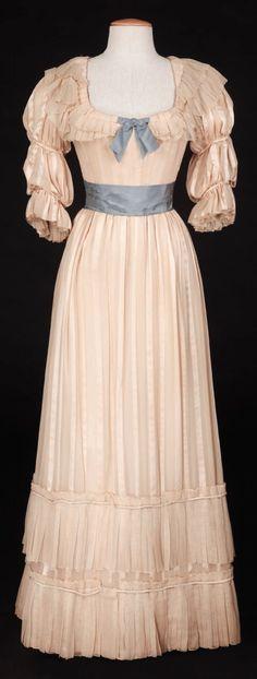 Costume designed by Raoul Pene Du Bois
