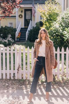 Jess Ann Kirby styles Everlane corduroys with an Aritzia camel coat Autumn winter style Teddy coat outfit Act Like A Lady, Fall Capsule Wardrobe, Work Wardrobe, Camel Coat, Wool Coat, Autumn Winter Fashion, Winter Style, Fall Fashion, Fashion Boots