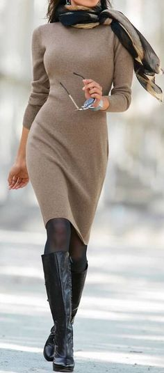 25 Knitted Fall Outfits That Are Stylish And Cozy Ich mag das Kleid, wenn Empire-Taille und Fl. Sweater Dress Outfit, Winter Skirt Outfit, Knit Dress, Dress Winter, Winter Dresses With Boots, Tights Outfit, Sweater Outfits, Winter Outfits Women, Winter Outfits For Work