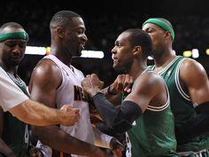 Miami Heat guard Dwyane Wade kept his composure when Boston Celtics guard Rajon Rondo fouled him around the neck ...what? u mad bro?