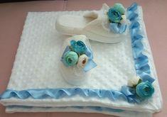 El emeği bebek hediyem 😍lohusa terliği & bebek battaniyesi..babyboy😃