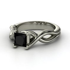 simple engagement ring, twisted sides, square black sote