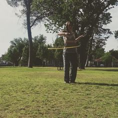 When your at the park getting video for a hoop challenge and a whole middle school class comes walking by and starts cheering you on  Here's my video for day 4 of the #onbodymay hoopchallenge sponsered by @hoopologie  and @trixieturvy. Introducing a second hoop! Im a day late but I just didn't have time to get video yesterday.  So here it is! I had some better takes but the kids walking by and clapping for me just made this video lol! #hoopchallenge #hoopeverydamnday #hoopersofinstagram…