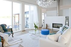 Airy and light, blue accents (Lakka Kivitalo Kaj Stenvall)