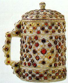 Jade tankard with lid  16th century - Treasury of the Topkapi Palace, Istanbul