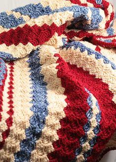 Ravelry: chocolatedogyarns' Diagonal red, blue and cream stripe ✿⊱╮Teresa… Crochet Birds, Crochet Quilt, Knit Or Crochet, Crochet Crafts, Crochet Flowers, Crochet Hooks, Crochet Projects, Crochet Animals, Afghan Crochet Patterns