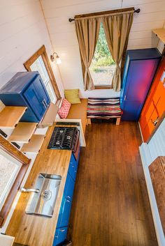 Julia's Tiny Home: a beautiful and well-designed tiny home from Mitchcraft Tiny Homes.