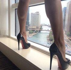 Do Me Heels #stilettoheelslouboutin