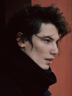 drawing people This looks like a young Ben Solo - Human Reference, Photo Reference, Character Reference, Beautiful Men, Beautiful People, Face Study, Photographie Portrait Inspiration, Poses References, Aesthetic People