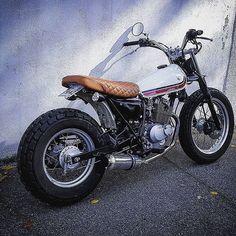 Suzuki #VanVan 125 by @rrom__. Classy curb-jumper! #suzukivanvan #bratstyle #tracker