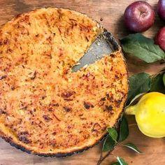 Råriven äppelpaj - Recept - Stowr Pizza, Cheese, Food, Essen, Meals, Yemek, Eten