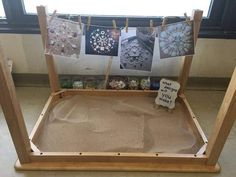 Such a great way to encourage sand play Reggio Emilia Classroom, Reggio Inspired Classrooms, New Classroom, Classroom Setting, Classroom Setup, Reggio Emilia Preschool, Preschool Classroom Layout, Early Years Classroom, Play Based Learning