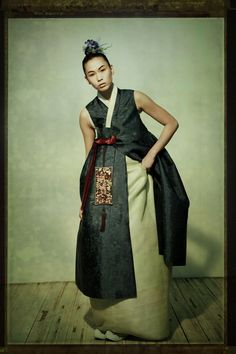 Fusion 한복 Hanbok / Traditional Korean dress / design by Suk-Hyun
