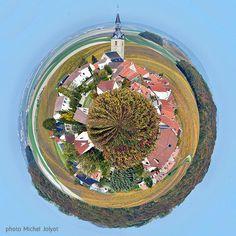 Sermiers, petit eplanète de la petite Montagne de Reims. #sermiers #petiteplanetechampagne #champagne #grandreims #marne #grandest #petiteplanete #littleplanet #planet #lifein360 #360photography #tinyplanet #spherical #photosphere #photomicheljolyot #micheljolyot #jolyot