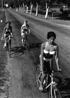 By Robert Doisneau Girls Biking In Bikinis #bicycles, #bicycle, #pinsland, https://apps.facebook.com/yangutu