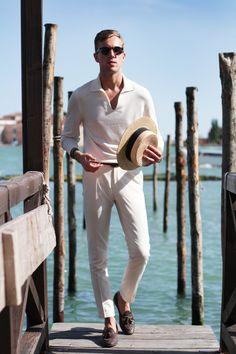 # Men's wear # mode homme # fashion for men # men's fashion Mens Fashion Blog, Suit Fashion, Fashion Menswear, Travel Fashion, Style Fashion, Mens Style Guide, Men Style Tips, Stylish Men, Men Casual