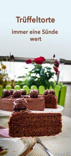 Trüffeltorte - immer eine Sünde wert - Tasty-Sue - Dünya mutfağı - Las recetas más prácticas y fáciles Cupcakes, Cake Truffles, Chocolate Truffles, World Recipes, Chef Recipes, Dessert Drinks, Desserts, Death By Chocolate, Strawberry Recipes