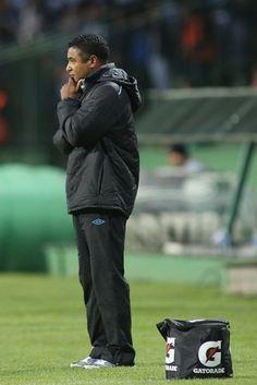 roger coritiba x grêmio couto pereira (Foto: Giuliano Gomes/PR Press)