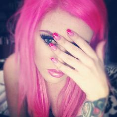thinking of dying my hurr pink againn. Hot Pink Hair, Hair Color Pink, Kelly Eden, Best Selfies, Pink Outfits, Pastel Goth, Girls Wear, Tattoo Models, Hair Makeup