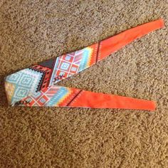 NWOT JUNK headband Tie back headband made by JUNK. Great for working out or Crossfit or just to wear :) very cute Aztec print! Reebok Accessories Hair Accessories