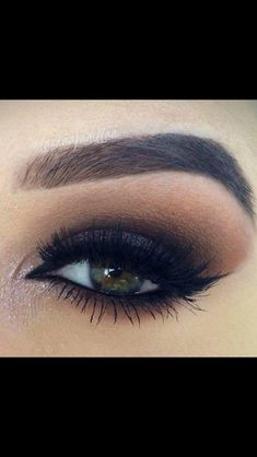 Love this smokey eye, makes her green eyes pop!