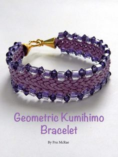 Make this lovely braided design by Kumihimo artist Pru McRae - get the pattern here: http://www.joomag.com/magazine/digital-beading-magazine-issue-11/0912822001408173490