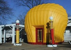 STRANGE 'OLD' GAS STATIONS & GAS PUMPS - SHELL - A CLASSIC!
