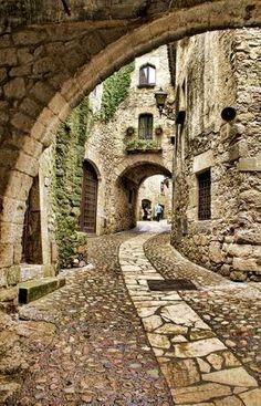 Pueblos medievales de España  Espana Turismo  I vores blog meget mere information http://storelatina.com/espana/travelling #Испания #Ispaniya #Іспанія #viagem