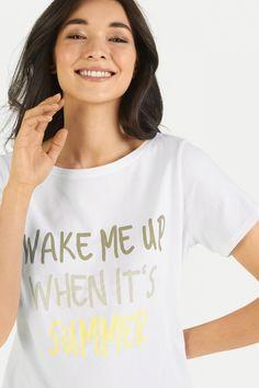 Juvia Damen T-Shirt mit Print Weiss | SAILERstyle Loungewear, Women, Fashion, Nice Asses, Moda, Fashion Styles, Fashion Illustrations, Woman