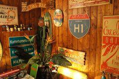 ハワイのフリーウェイH1の木製看板 - ハワイアン雑貨&インテリア通販ショップ ワイルドマーメイド