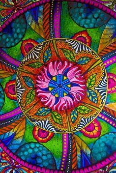 Ellie Perla - Mandala - detail